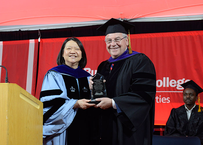 President Eddinger gives Speaker DeLeo an award