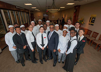 Giancarlo Esposito with culinary arts students
